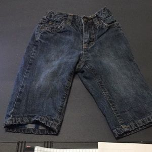 Old Navy jeans size 6-12 months!